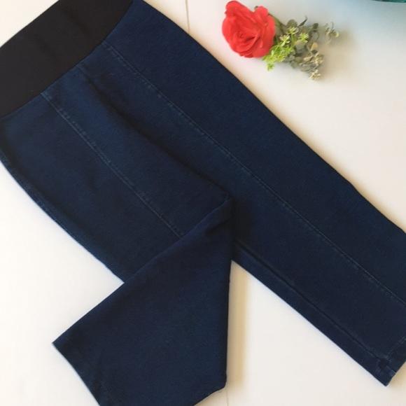 ea86f6d1 Peter Nygard Jeans | Slims Denim Capri S 6 8 | Poshmark